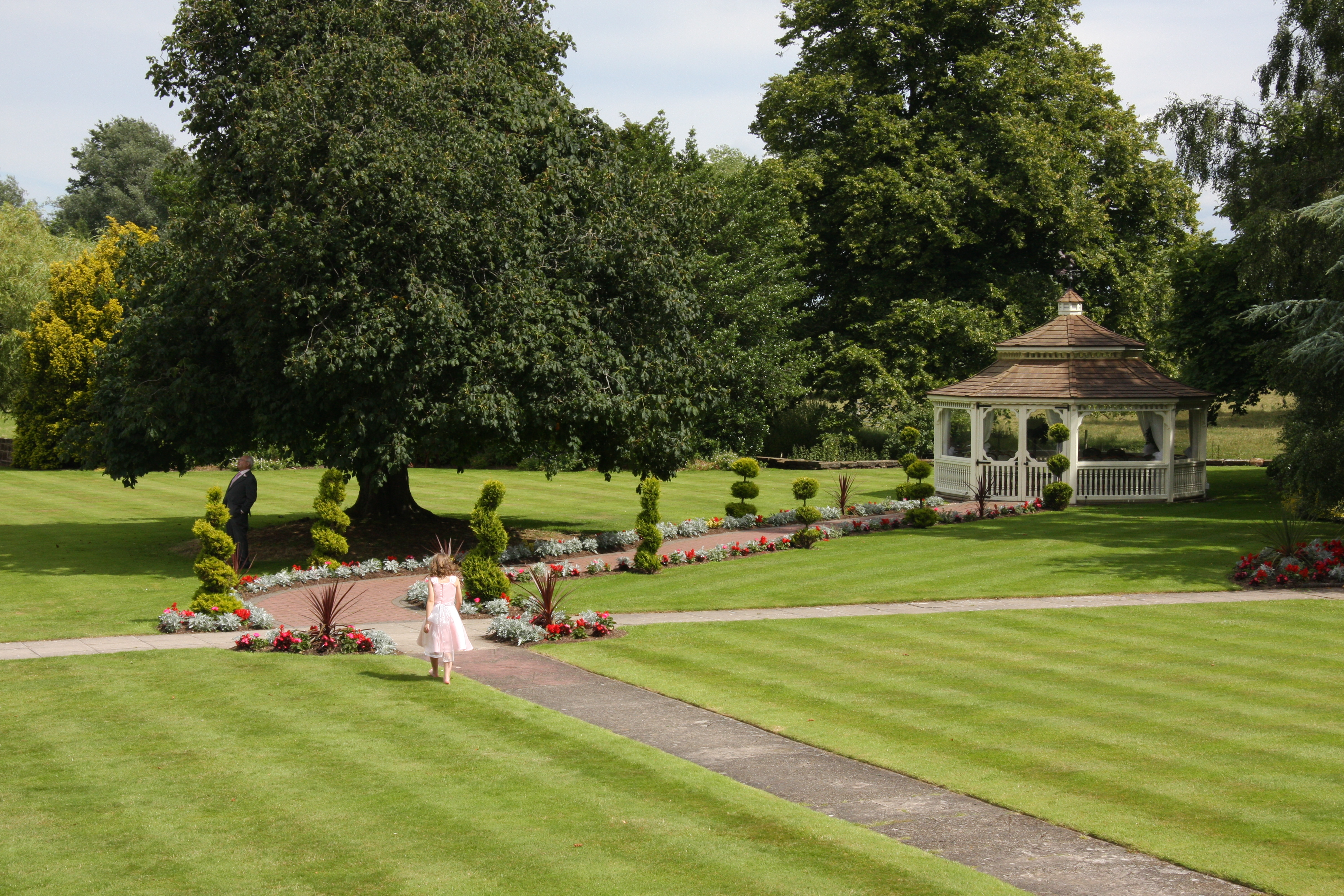 Thornton Hall Hotel Grounds